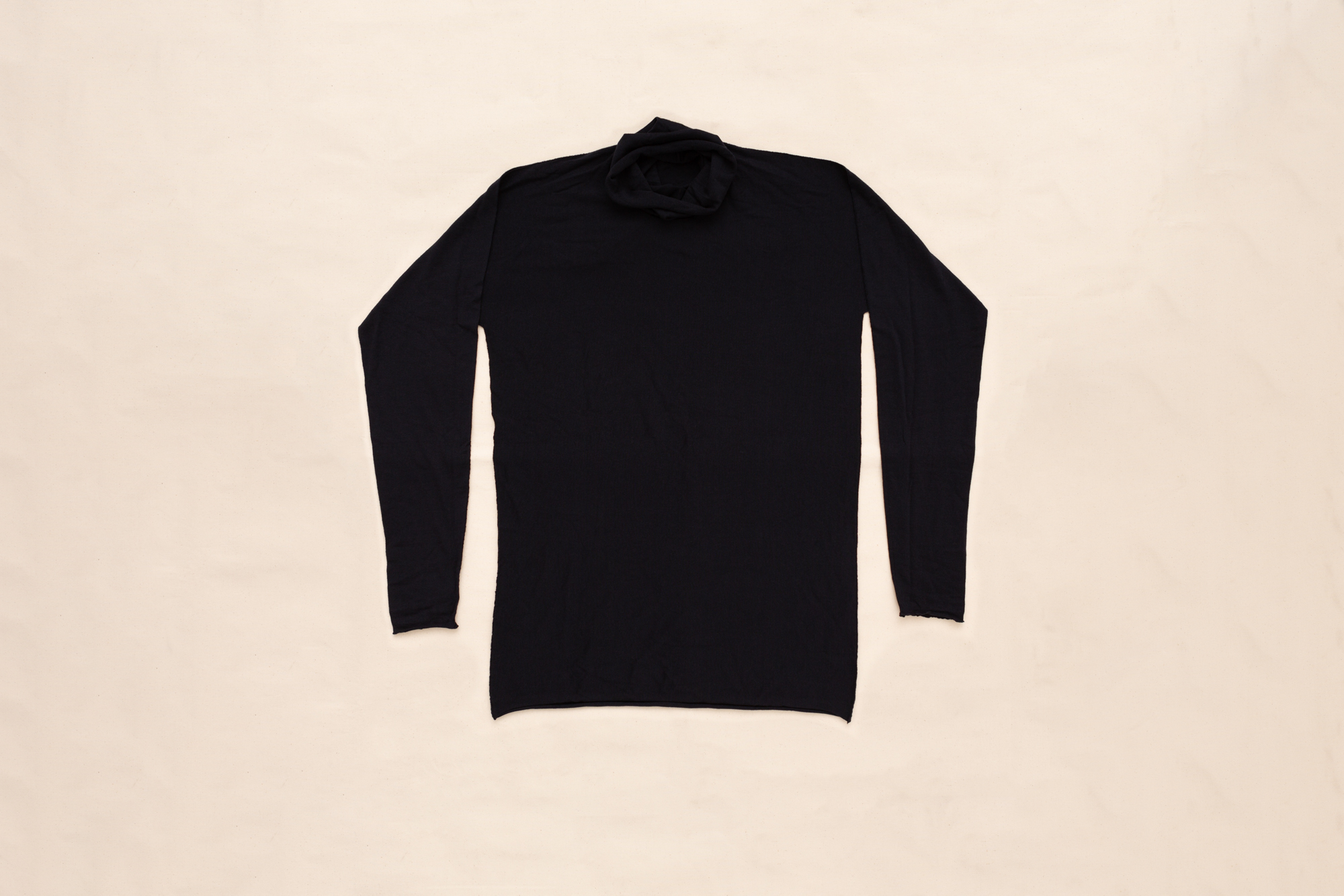 ARCHED CYLINDRIC NECK THERMAL SWEATER BY LUCA LAURINI
