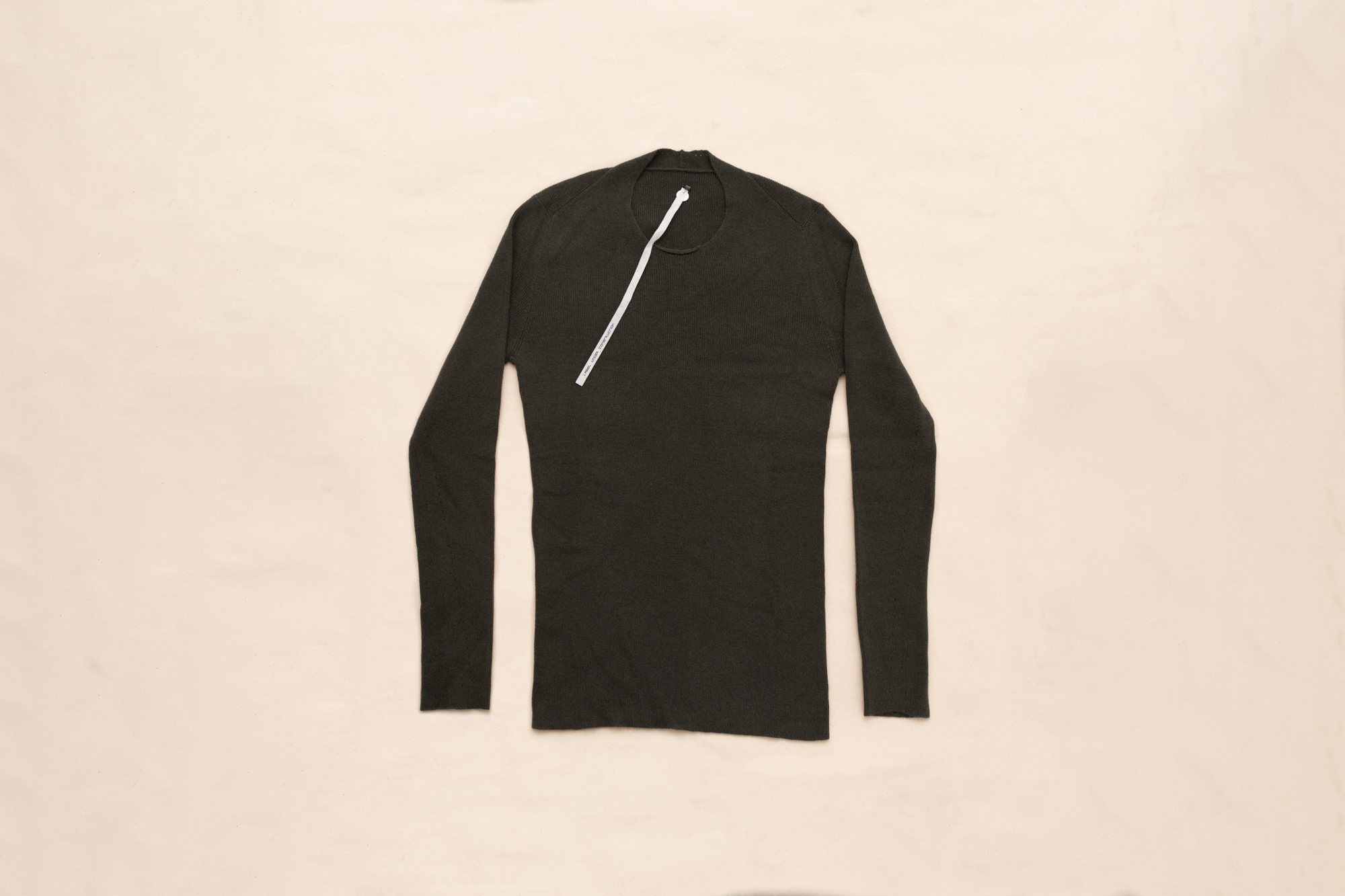 PRIMARY CIRCLE NECK RIBBED SWEATER BY LUCA LAURINI